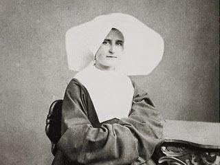 Sister_Marie_de_Mandat_EWTN_World_Catholic_News_1_26_11
