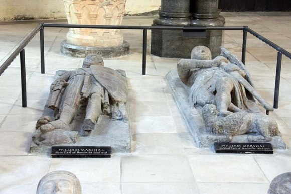 Temple_Church,_Temple,_London_EC4_-_Effigy_of_a_knight_-_geograph.org.uk_-_1223114